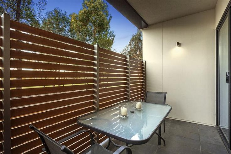 Designed with security and ventilation in mind, Knotwood aluminum privacy screens can create the perfect combination of design and airflow that is just right for your outdoor area.