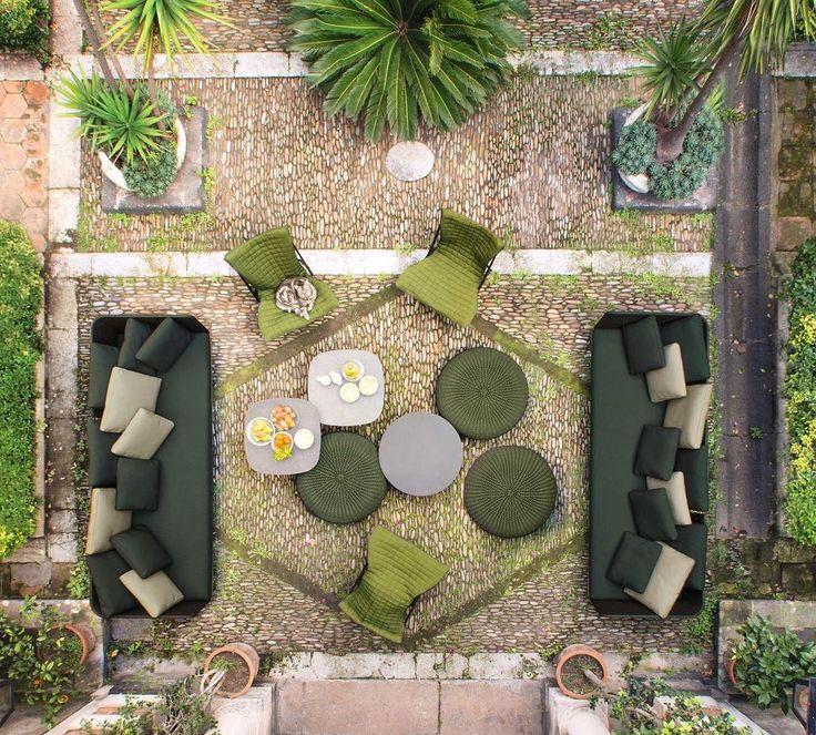 Sabi Sofa (Top View Furniture)