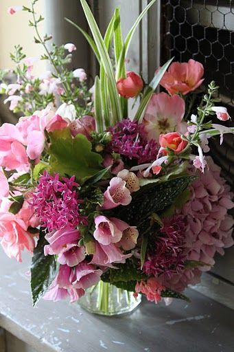 Flowers Arranged in Vases, Cups, Boxes, Bowls, etc. ╰⊰ ⁀° on ...