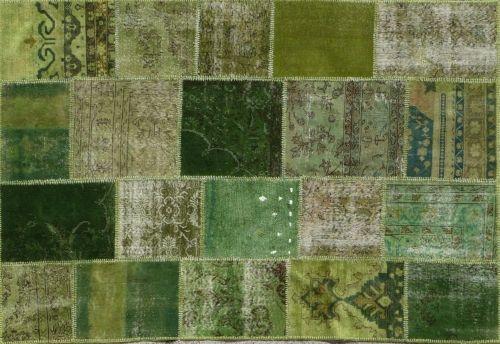 Alfombra Patchwork Verde de Arquinter. Para dar color a espacios modernos. 231x165cm