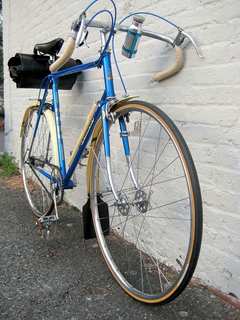 Bike Shop Nottingham >> 179 best images about Raleigh vintage on Pinterest | Car polish, Lady and Raleigh bikes