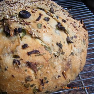 BreadMan Talking: OMG!!! - Cypriot Bread with Olives, Herbs and Onions