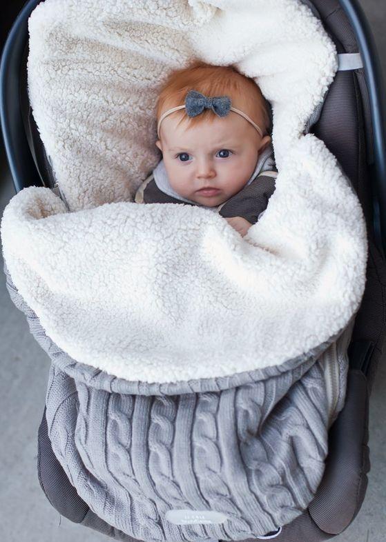 Passear com seu Bebê pode ser divertido e muito mais fácil com a ajuda deste carrinho de passeio. Confiram!♥