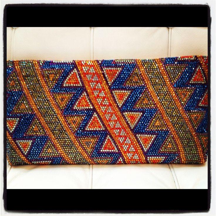 """Clutch Wayuu"""" de Silvia Tcherassi. - Google'da Ara"""