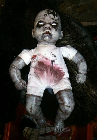 Here a few more dolls I made for last Halloween