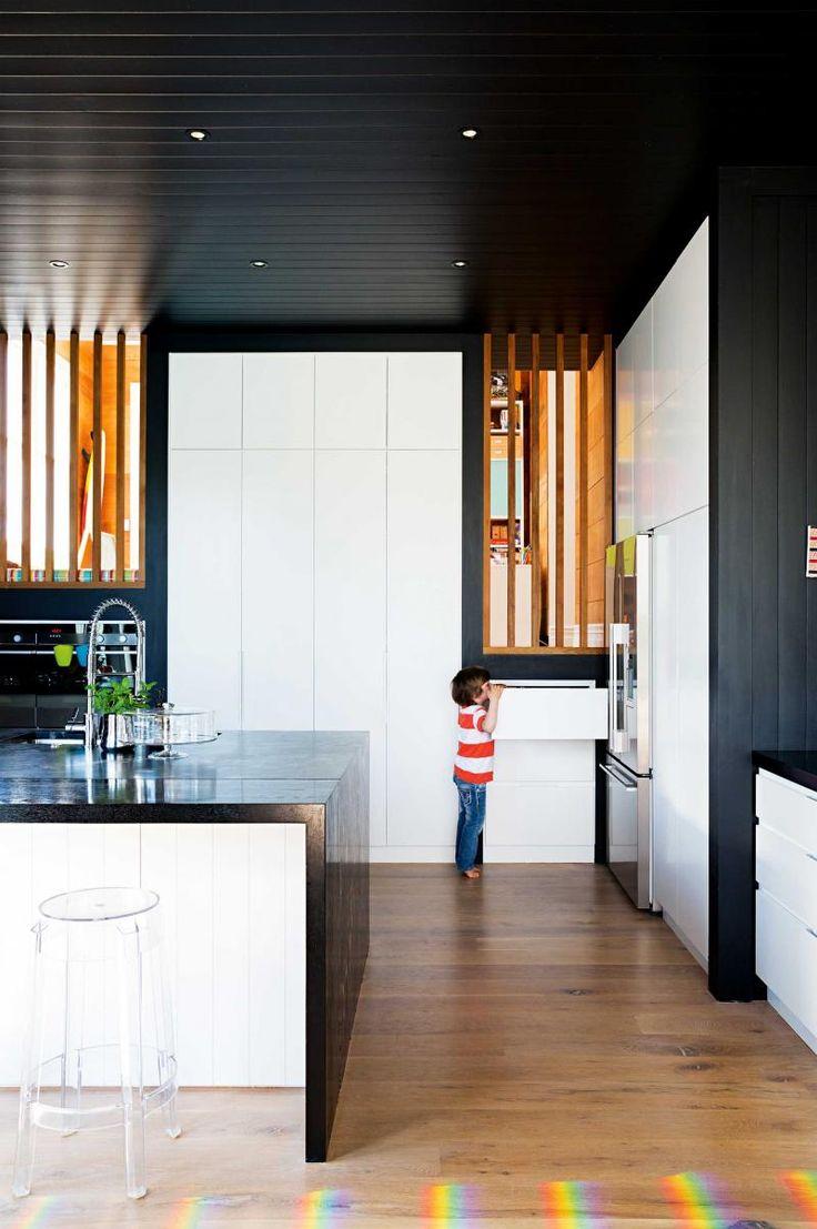 black-white-kitchen-Weeks-home-jan16