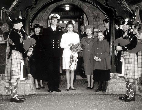 La boda de la princesa Ana del Reino Unido y el señor Timothy Laurence en 1992.