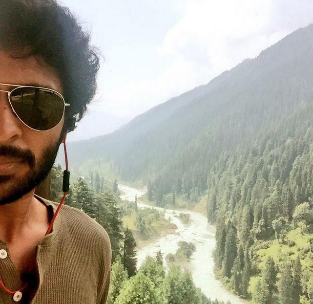 Vikram Prabhu's Wagah stalled - iFlickz