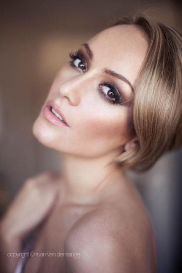 http://www.mbgonline.pl/makijaz-klasyczny Makijaż ślubny spod ręki wizażystki - SlubNaGlowie.pl