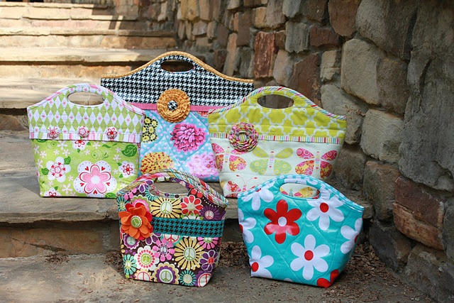 make your own insulated lunch tote - ideas for laminate uses as well as instructions for how to make fabrics into laminates. cool site!