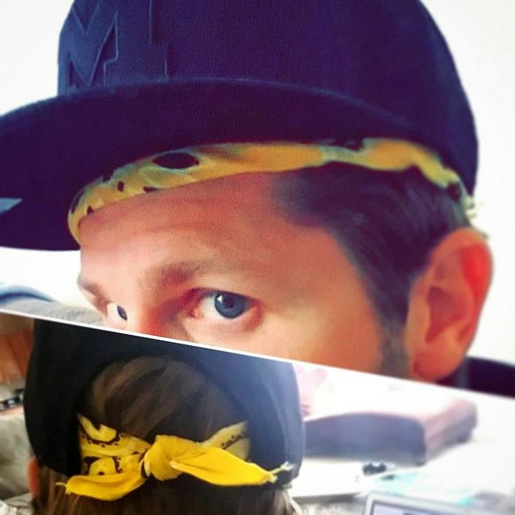 """Removed the snaps off my #snapback  and attached a #bandana...something different. I liked the blacked-out hat with a touch of """"maize"""" peaking from under the #Michigan hat...i got mixed responses, but long hair don't care #UofM #hat #style #haters #goblue #wearmaize #Nike"""