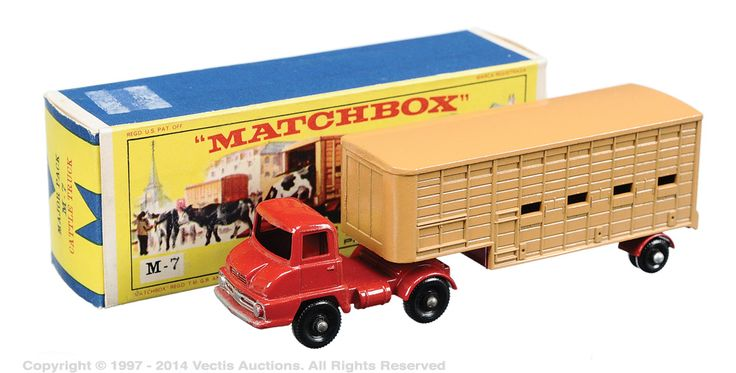 In the catalog is in the M7 model Dodge truck Tractor with Tipper Train, but according to the site http://www.vintagebritishdiecasts.co.uk/2index/jennings.htm, the M7 model is the Thames Truck trader & Jennings cattle trailer .