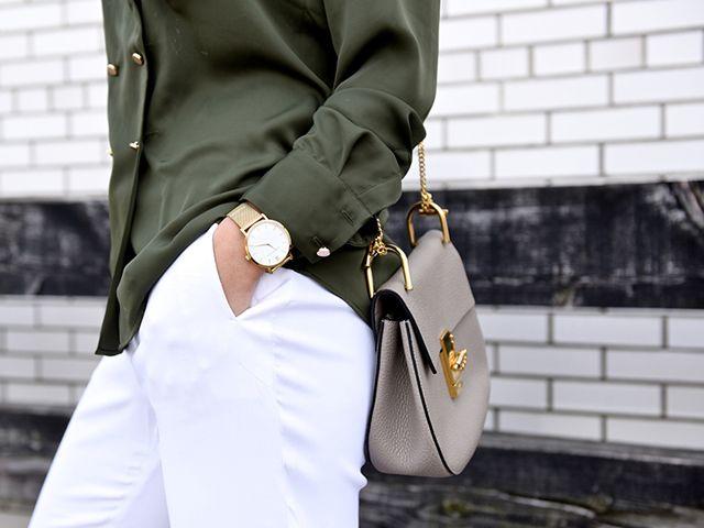Sai come abbinare il verde? Diciamo che non è così semplice, specialmente se becchiamo quelle tonalità più difficili e - ovviamente - tanto in voga. Col bianco di sicuro non sbagli e poi?   #green #white #spring #trends #trend #summer #fashionblogger