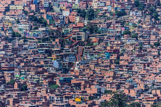 La informalidad es parte del problema o de la solución? El caso de Medellín