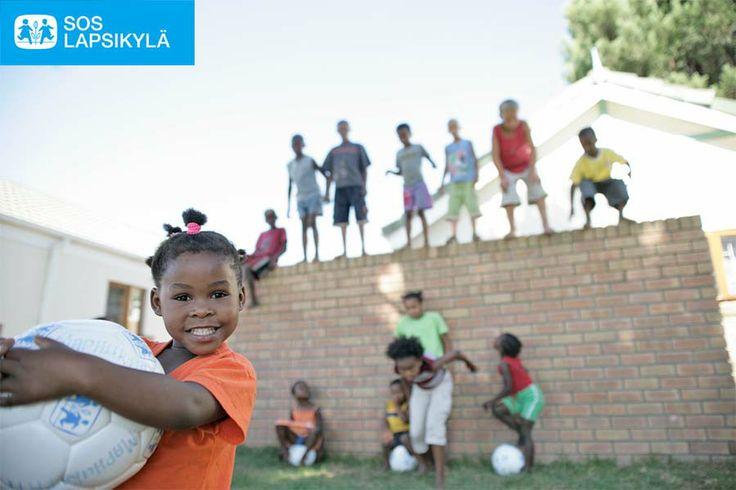 Pallo on tärkeä! #jalkapallo #SOS-Lapsikylä #Etelä-Afrikka