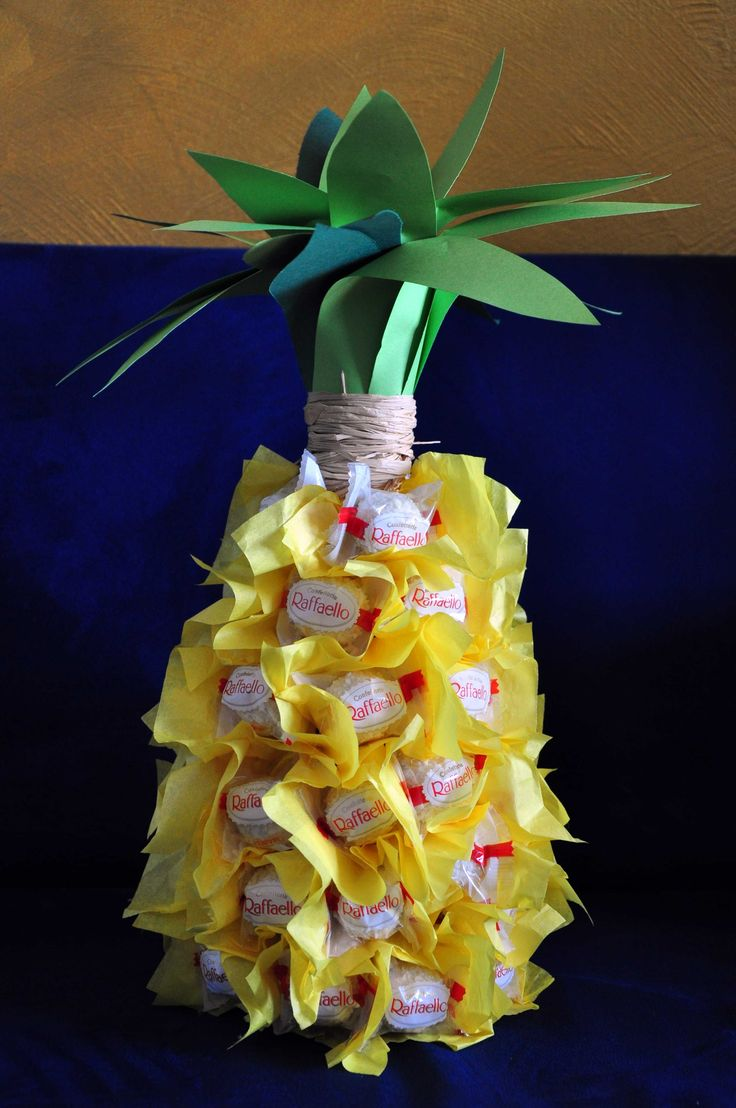 Wer hat die Ananas gesehen? Ein cooles DIY für ein Party-Mitbringsel gibt's ab sofort im Wonderland. Viel Spaß beim Nachmachen. http://checkoutwonderland.com/2014/06/12/drinks-in-the-hot-summer-city-no-2-happy-ananas-diy/  #ananas #Party #grillen #diy #wonderland #checkoutwonderland