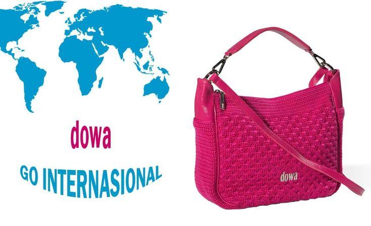 "Siapa sangka bila tas dengan merek ""Dowa"" buatan Godean, Yogyakarta kini berhasil menembus pasar internasional hingga daratan Eropa dan Amerika."