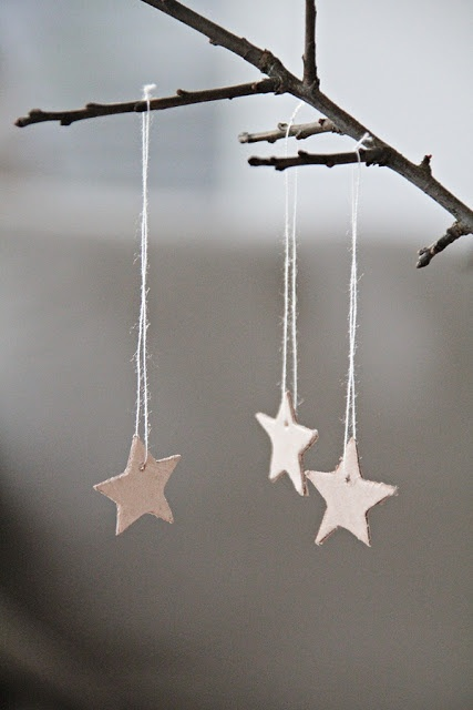 tiny paper star ornaments