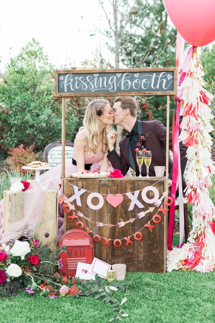 cute kissing booth