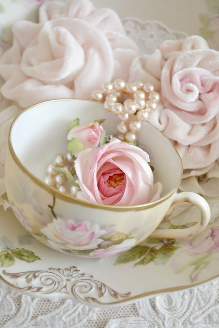 roses and pearls - photo #38