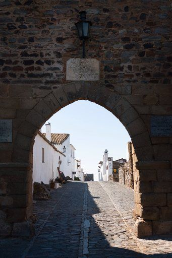 Monsaraz - Mediaval village in Alentejo region, Portugal - via Storehouse, TripperApp 13.03.2015 | The village on the mountain dates back to the 12th century. You can find hundreds of #monuments nearby which include #Neolithic remains of #megalithic monuments of Herdade de Xerez, Odival da Pega Dolmen, Bulhoa Menhir, Rocha dos Namorados Menhir and Outeiro Menhir.