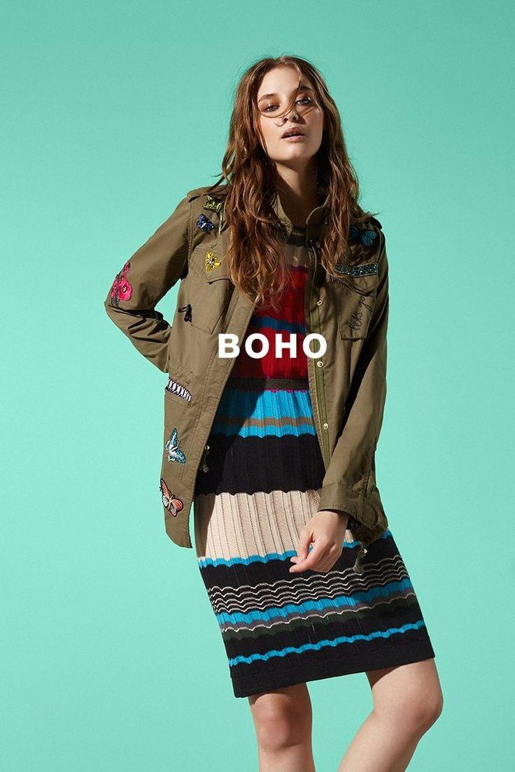 Scopri con Desigual le ultime tendenze in fatto di abbigliamento e accessori da donna. Crea il tuo stile personale e sentiti unica!