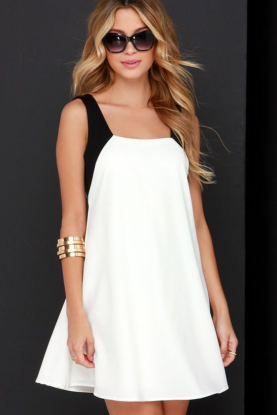 Black and Ivory Swing Dress ==