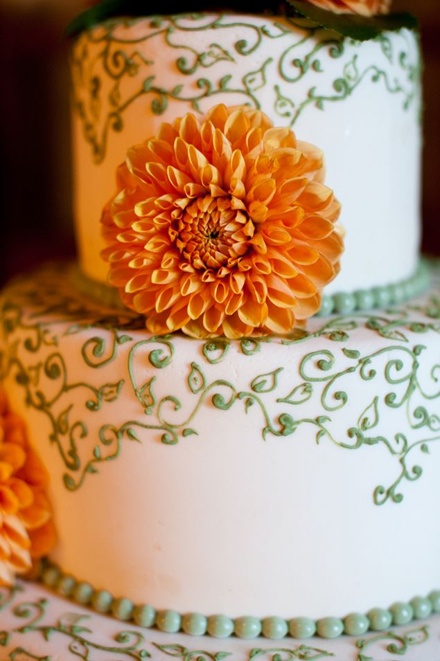 Fall Wedding Cake - PHOTO SOURCE • STACEY ANN PHOTOGRAPHY