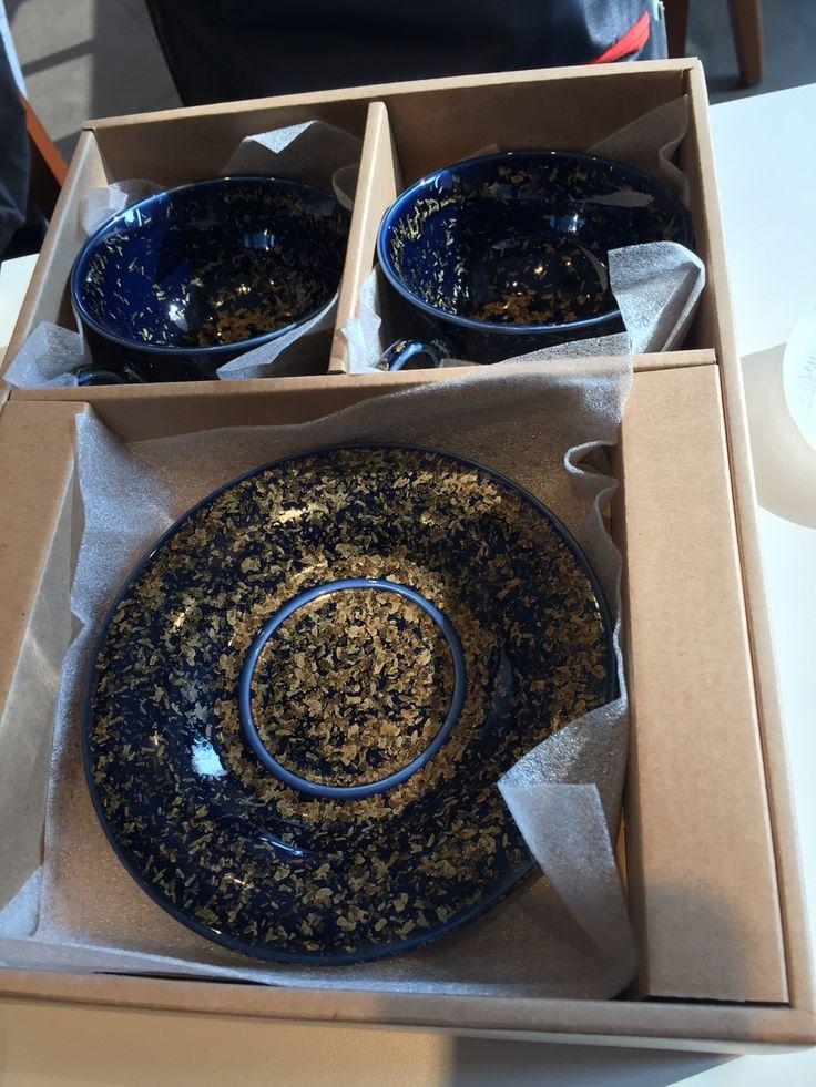 결정유 금빛 은하수 굽 커피잔.   Crystal glaze gold galaxy U-shape coffee cup  https://www.facebook.com/pages/ysGayayo/339056266284380