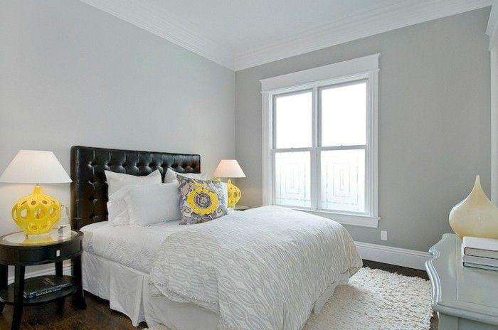 wohnideen schlafzimmer gelbe akzente weißer teppich hellgraue wände