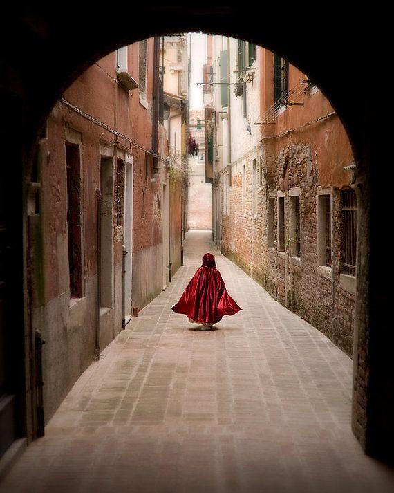 little red riding hood, fairytale in Venice, warm tone - Little Red Cloak
