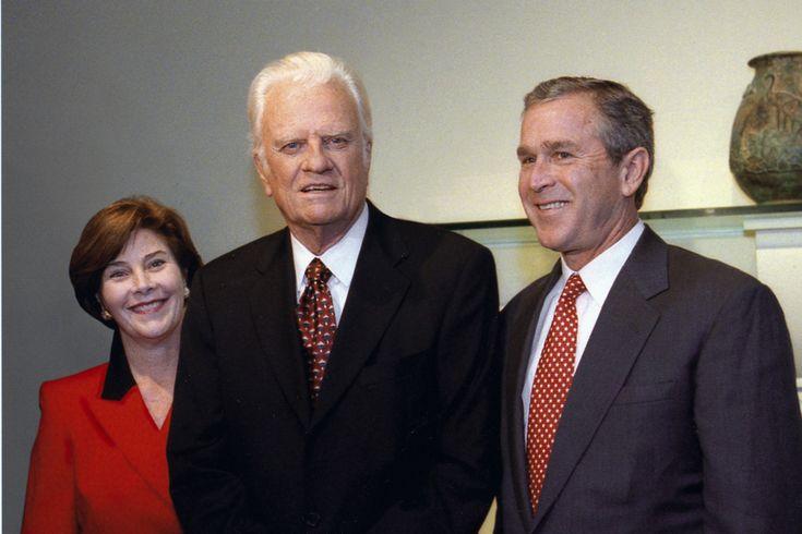 Billy Graham with Laura & George W. Bush