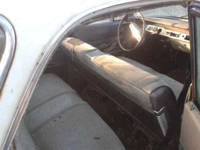 Vendo impala 1961 sin motor