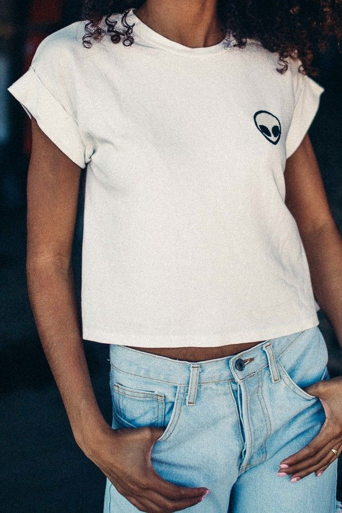 Brandy ♥ Melville | Caleigh Alien Patch Top - Graphics
