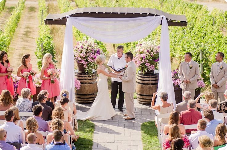vintage-summerhill-schoolhouse-wedding-Kelowna_114_by-Kevin-Trowbridge