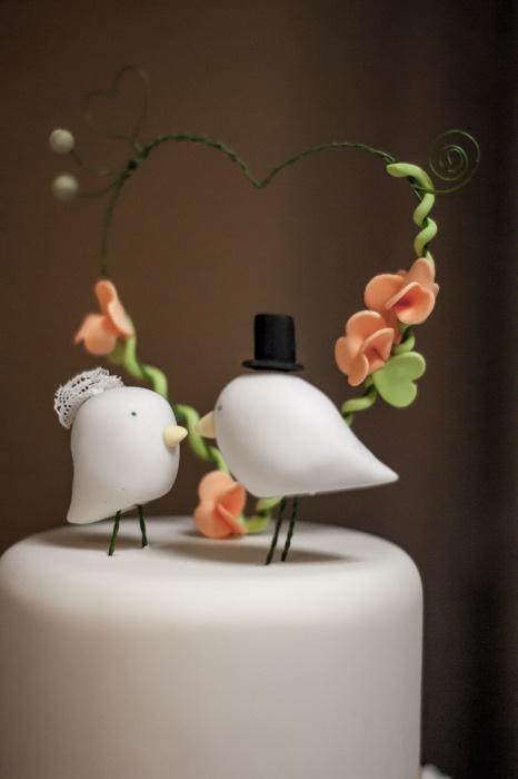 Cute wedding cake. [Wedding Event Photography by Kayleigh Poacher, via Behance]