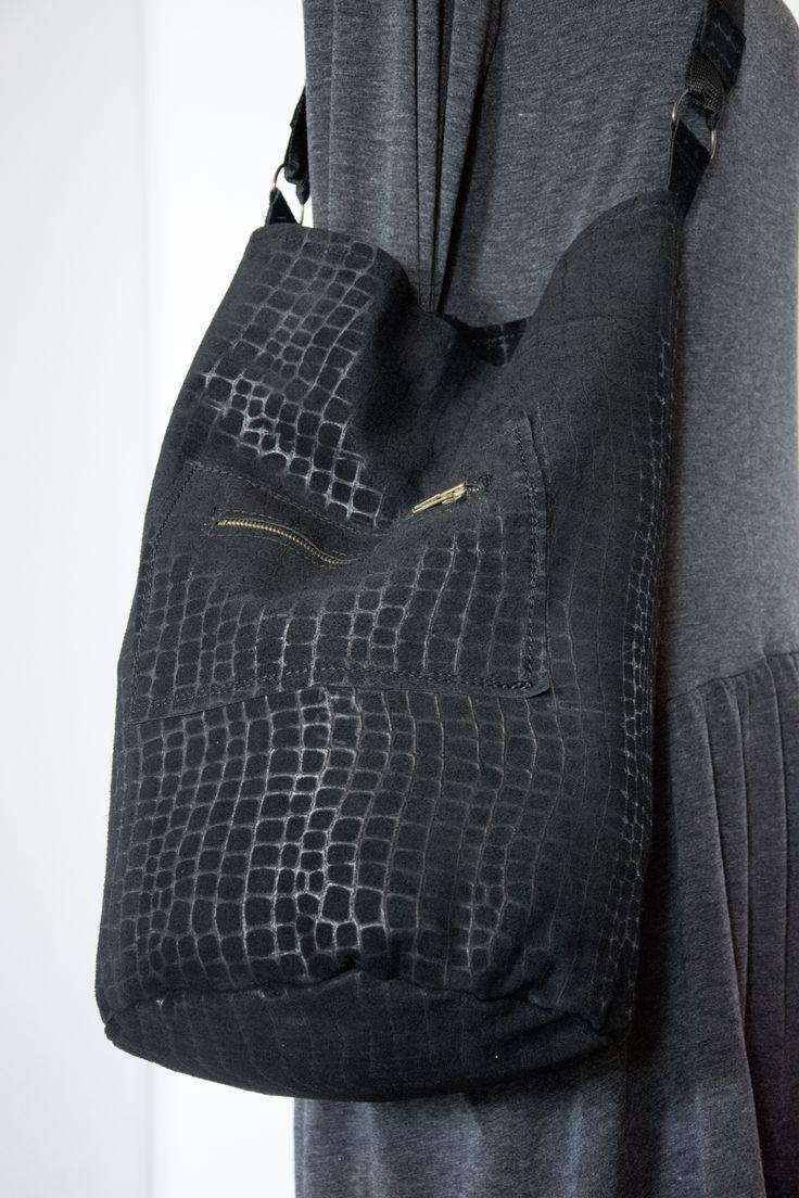 Skrawek Natury - textured leather bag 2