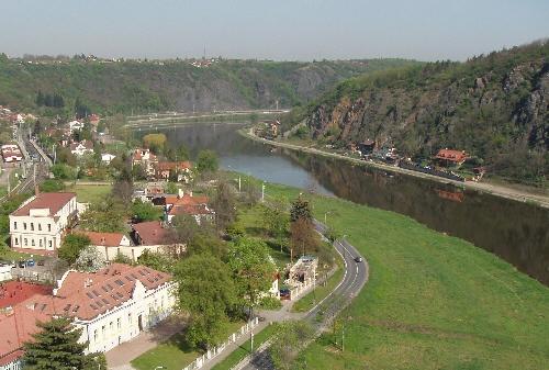Riverside School, Prague