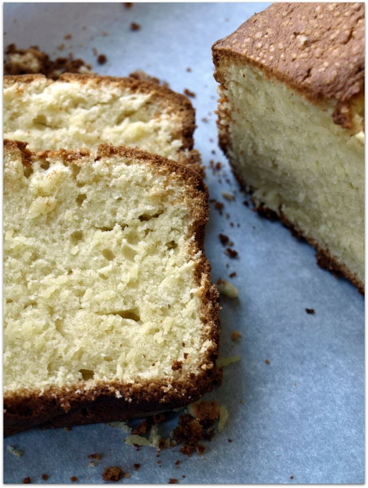 cream cheese pound cake Update: Has unbelievable crunchy outer and ...