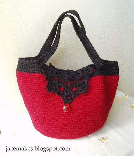 crochet tote CROCHET AND KNIT INSPIRATION: http://pinterest.com/gigibrazil/crochet-and-knitting-lovers/ .