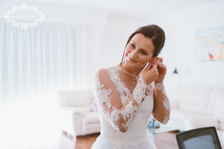 A beautiful bride on a wedding day morning #wedding #preps #bride