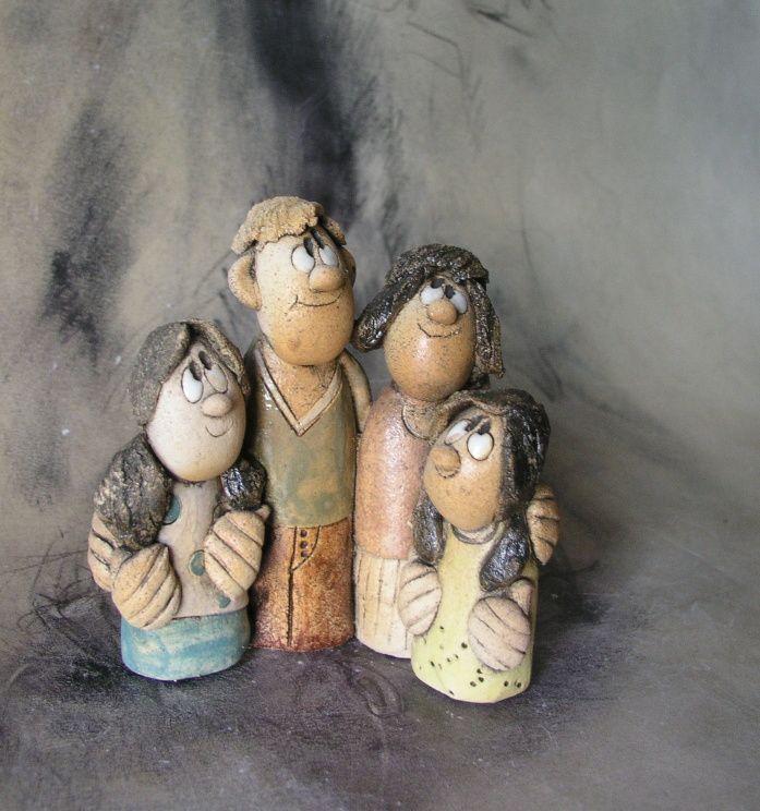 Figurky...pro Moniku jedna společná figurka,výška 11 cm