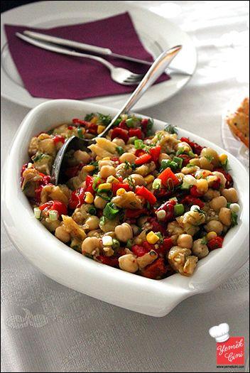 Köz Biber & Patlıcanlı Nohut Salatası