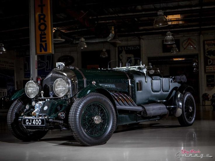 1930 Bentley 27 Litre Leno's 1930 Bentley 27 Litre is powered by a Rolls-Royce Merlin aircraft engine from a WWII-era Supermarine Spitfire fighter.