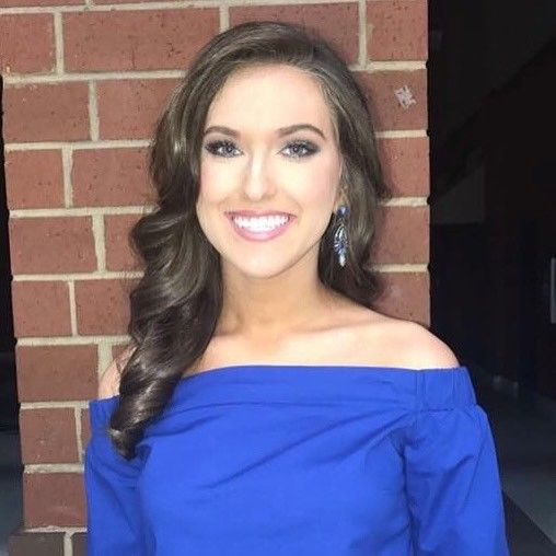 @savanna_fore ready for interview at Miss Greer High School. Congratulations on your win Savanna! So proud of you!! #hair #makeup #pageant #stellagirl