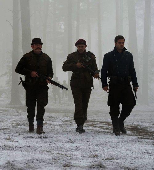 Howling Commandos. Bucky Barnes, James Montgomery Falsworth, Dum Dum Dugan.