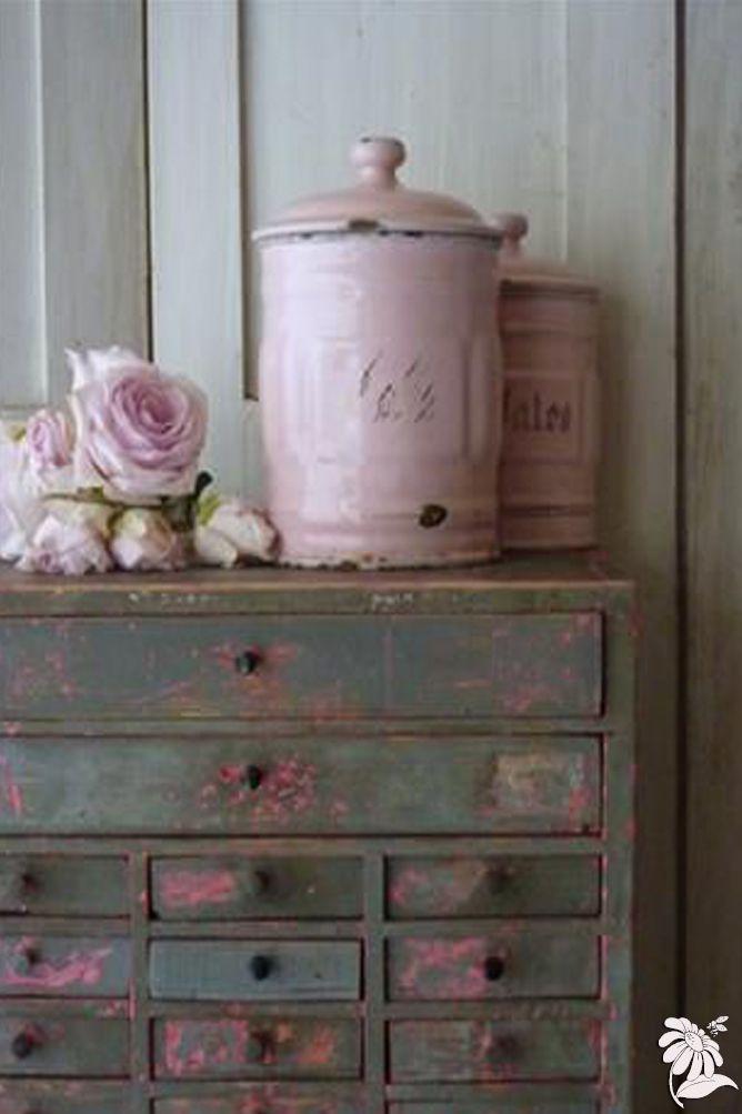 dusky pink colourway