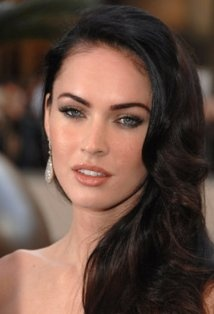 Megan Fox (Queen Babe) was born May 16, 1986 in Tennessee. She has one older sister. Megan began her training in drama and dance at the age of 5 and, at the age of 10, moved to Florida where she continued her training and finished school.