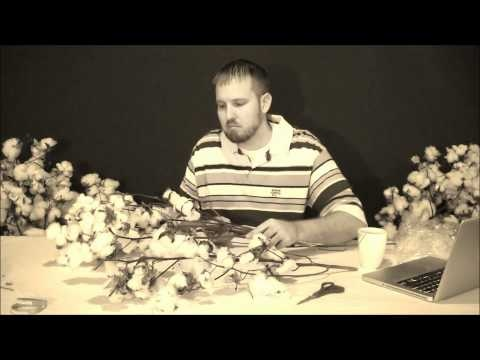Anthony talks about how to open and break apart Floral Cotton bundles.