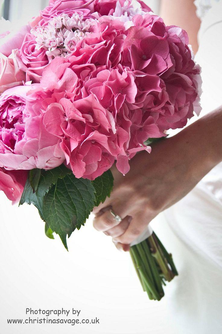 www.ivyleafdesign.co.uk Hydrangea Bouquet